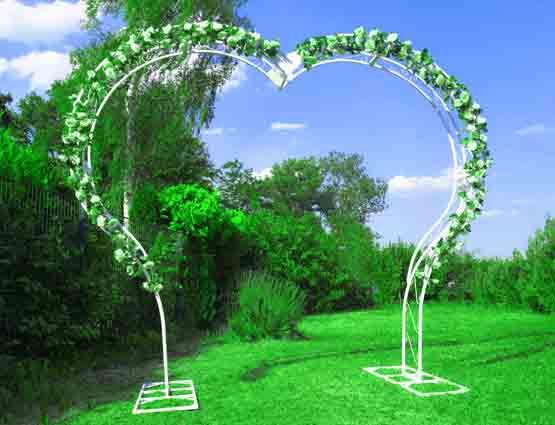 Hochzeitbogen Mia mieten herzförmig, Herzbogen, Hochzeitsdekoration mieten, Rund um Ihre Hochzeit, Wedding