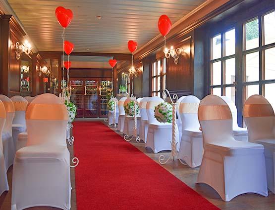 Roter Teppich mieten Hochzeit, Hochzeitsteppich mieten, rund um Ihre Hochzeit, Hochzeitsdekoration mieten