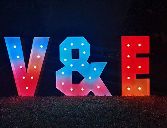 XXL Buchstaben 1,2m mieten in Berlin rund für die Hochzeit, Hochzeitstdekoration mieten Berlin, Hochzeitsdekoration mieten, Hochzeit mieten, rund um die Hochzeit