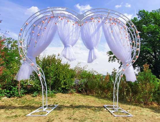 Hochzeitbogen mieten herzförmig mit Deko, Herz Hochzeitsbogen, Herzbogen, Hochzeitsdekoration mieten, Rund um Ihre Hochzeit, Wedding