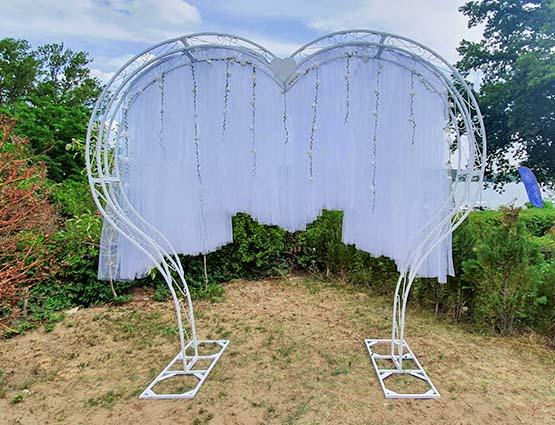 Hochzeitbogen mieten herzförmig mit Deko, Herz Hochzeitsbogen, Herzbogen mieten in Berlin, Hochzeitsdekoration mieten, Rund um Ihre Hochzeit, Wedding