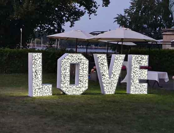 Leuchtbuchstaben, Hochzeitstdekoration mieten in Berlin, Hochzeitsdekoration mieten - Hochzeit mieten, Rund um die Hochzeit